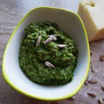 Klasyczne zielone pesto z bazylii