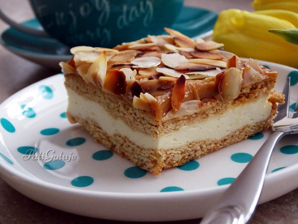 ciasto-miodowo-smietankowe
