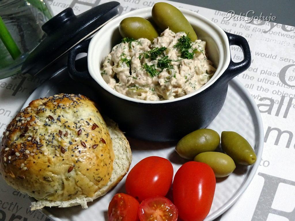Pasta z tuńczyka i oliwek