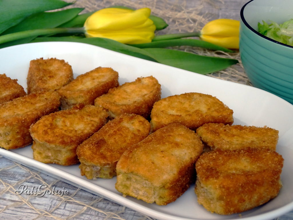 Rolowane ziemniaczki purée w wafelku