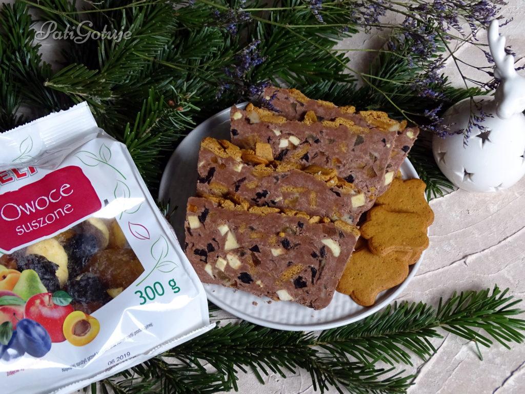 Świąteczny blok czekoladowy z bakaliami
