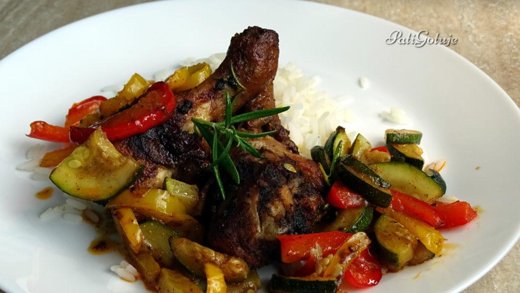 Paprykowy kurczak z warzywami