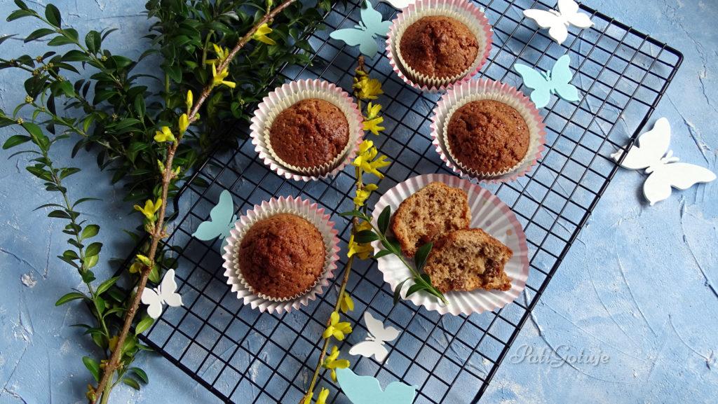 Muffinki czekoladowe z suszonymi owocami